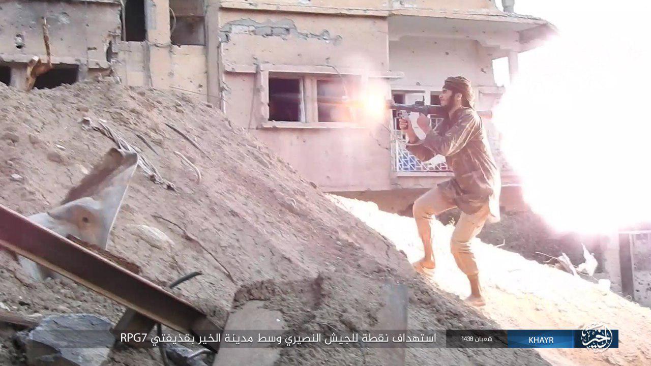 Statul Islamic incearca sa profite de moartea generalului Zahreddine, lansand o ofensiva in provincia Deir Ez Zor.